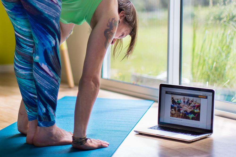 online yoga 2.png