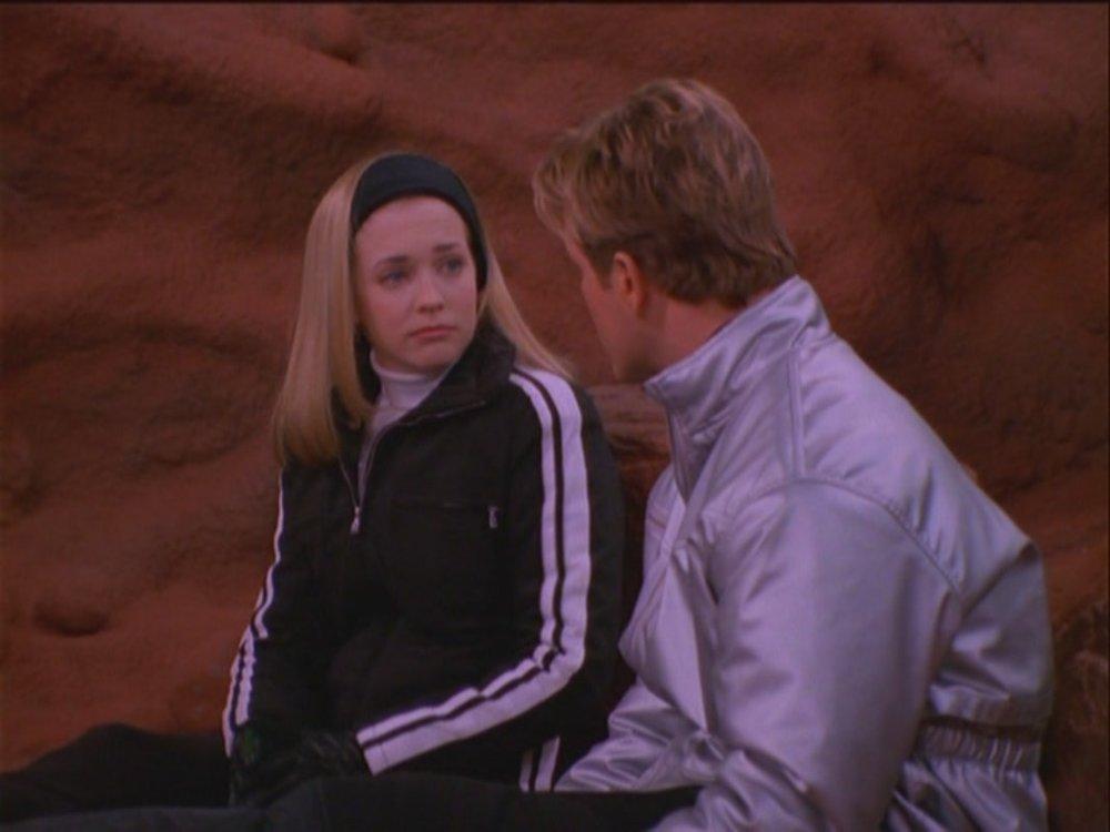 Mars-Attracts-1-16-sabrina-the-teenage-witch-24437387-1067-800.jpg