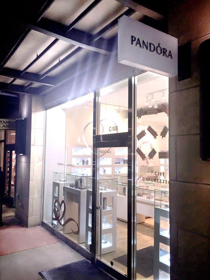 Pandora ext 2.jpg