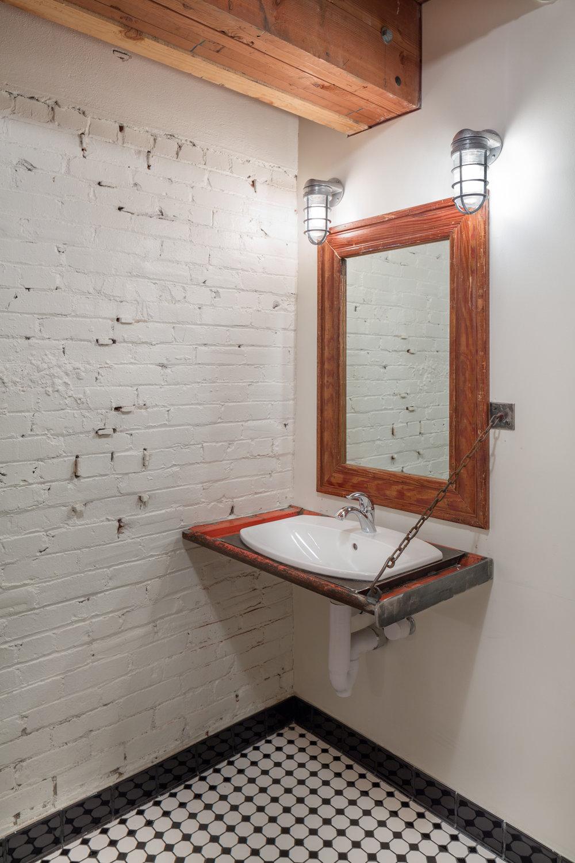 KEEN-JoshPartee-7430-bath-vanity (1).jpg