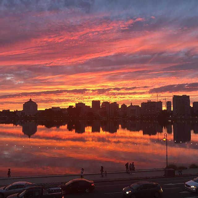#nofilter view from my apt on #lakemerritt #grateful #oakland #sunset #california