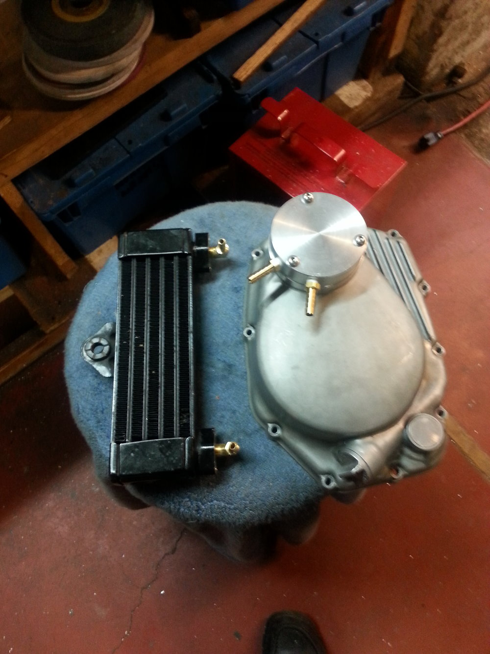 Custom oil cooler and filter setup for the CB350
