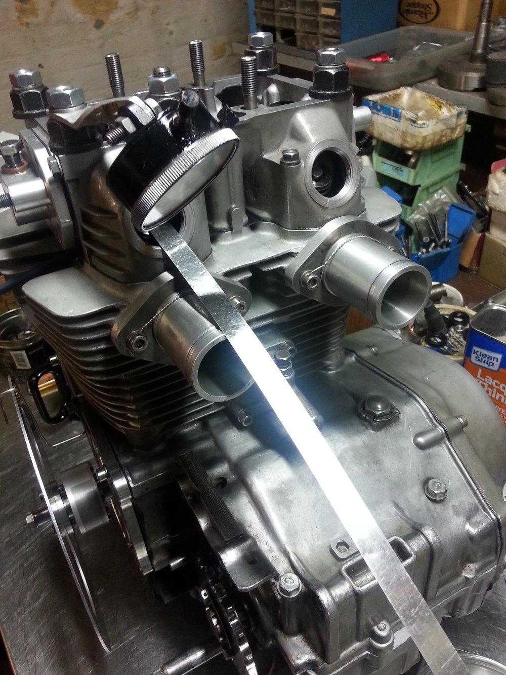 CB350 Road Race engine coming together for race day