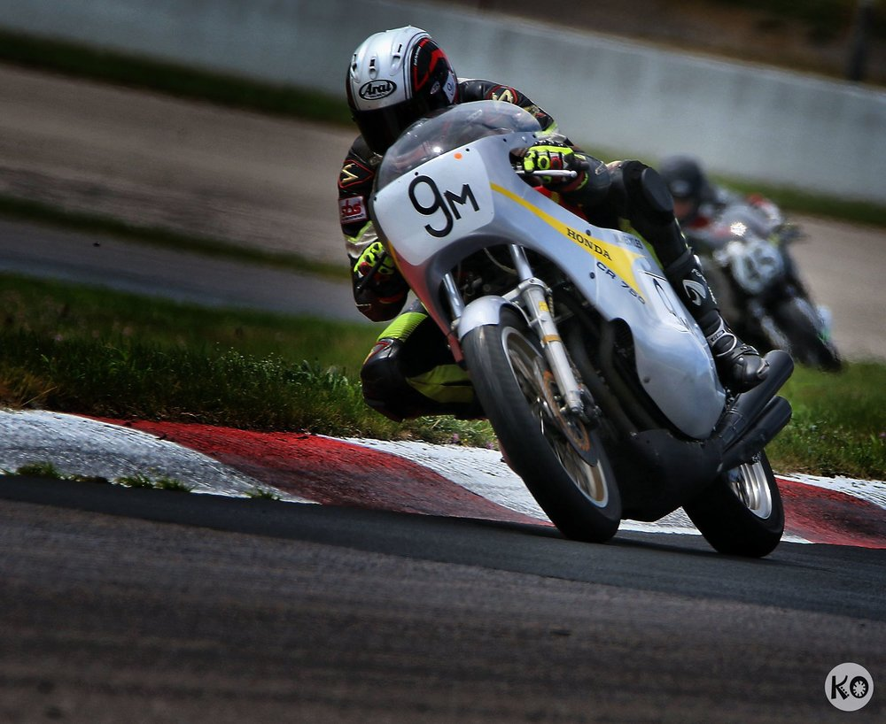Heckles on the gas at NJMP