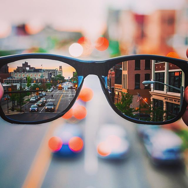 👀 Perspective... What you see depends not only on what you look AT, but also, on where you look FROM. #luxecarcollective #rental #sandiego #visit #2019 #perspective #outlook #fastcars #rent #carsharing #wednesdaywisdom