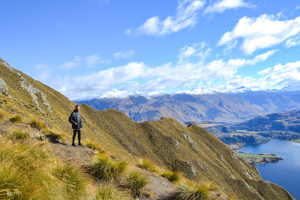 Hiking Roys Peak in Wanaka and view of the Lake