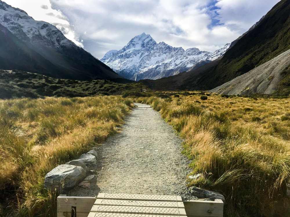 Easy Hooker Valley Track to reach Mount Cook