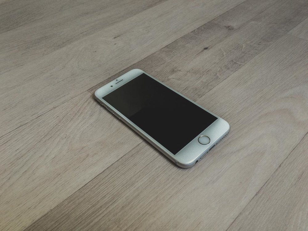 iPhone 6s Les Droners