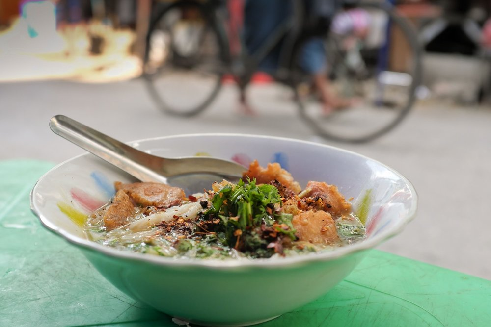 Copy of Yangon street food tours: Mohinga