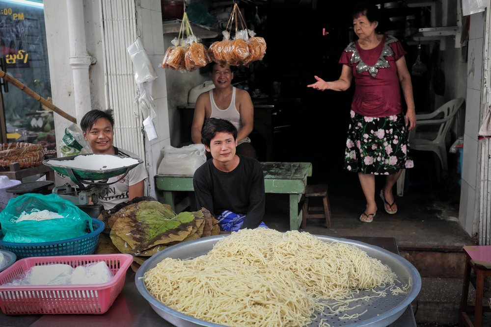 Yangon evening street food tour: Fresh noodle sellers