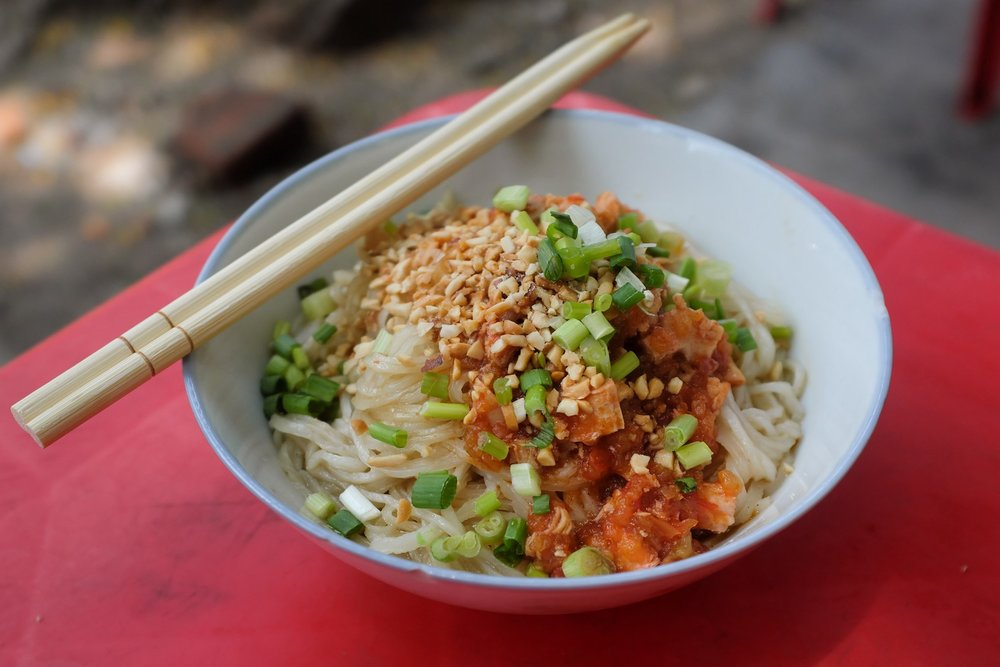 Yangon evening street food tour: Shan noodles