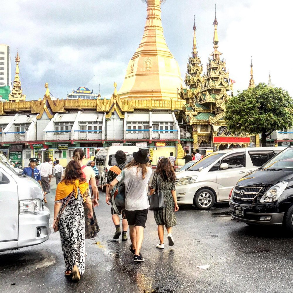 Approaching Sule Pagoda on the evening street food tour