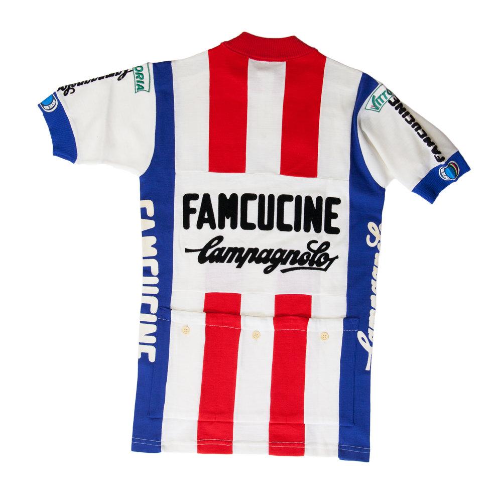 Famcucine_Back.jpg