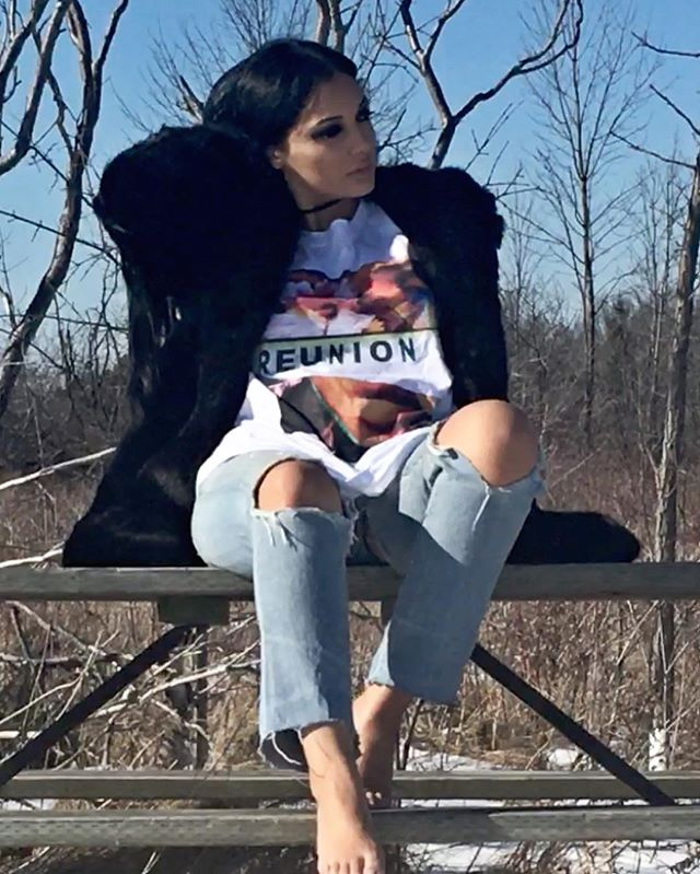 🖤🖤🖤🖤. #reunion #tshirt #art  #newalbum