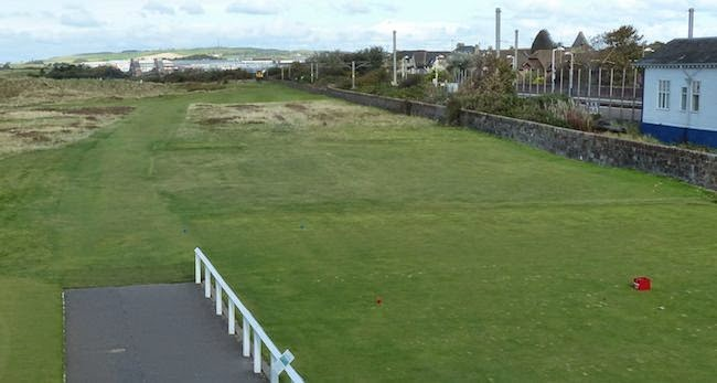 Stay Off Track -- Prestwick's opening hole is named Railway in honor of the train station that threatens OB right.