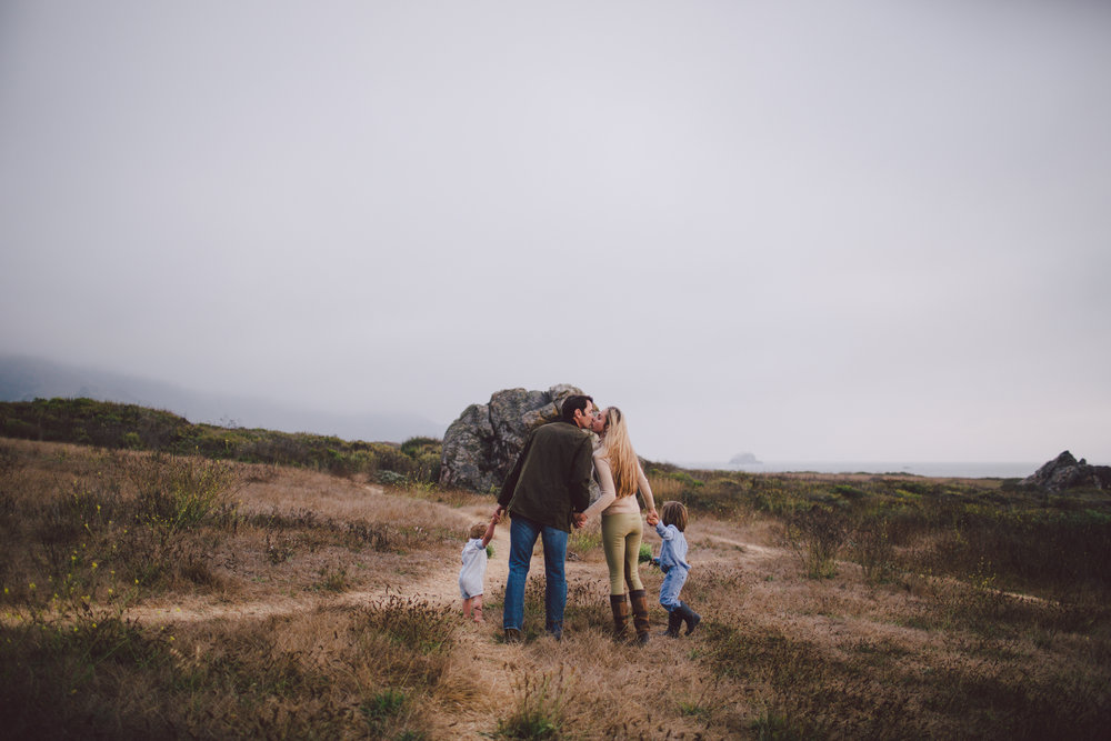 big sur-toddler-wildling-boho- lifestyle-documentary-photography-beach-ocean-sunset