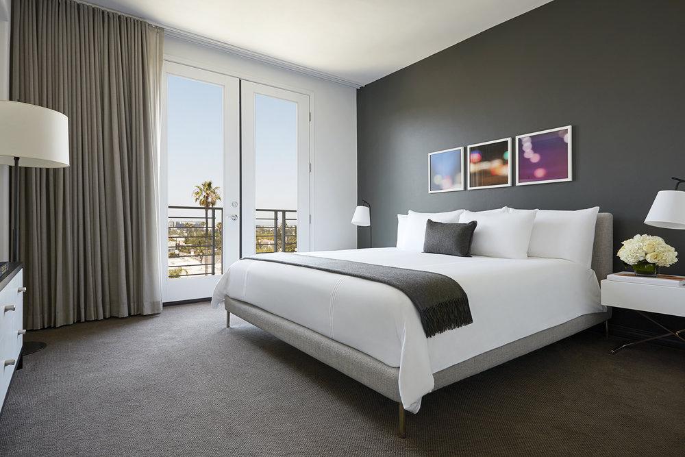 AKA_BH_Penthouse_2_Master_Bedroom.jpg