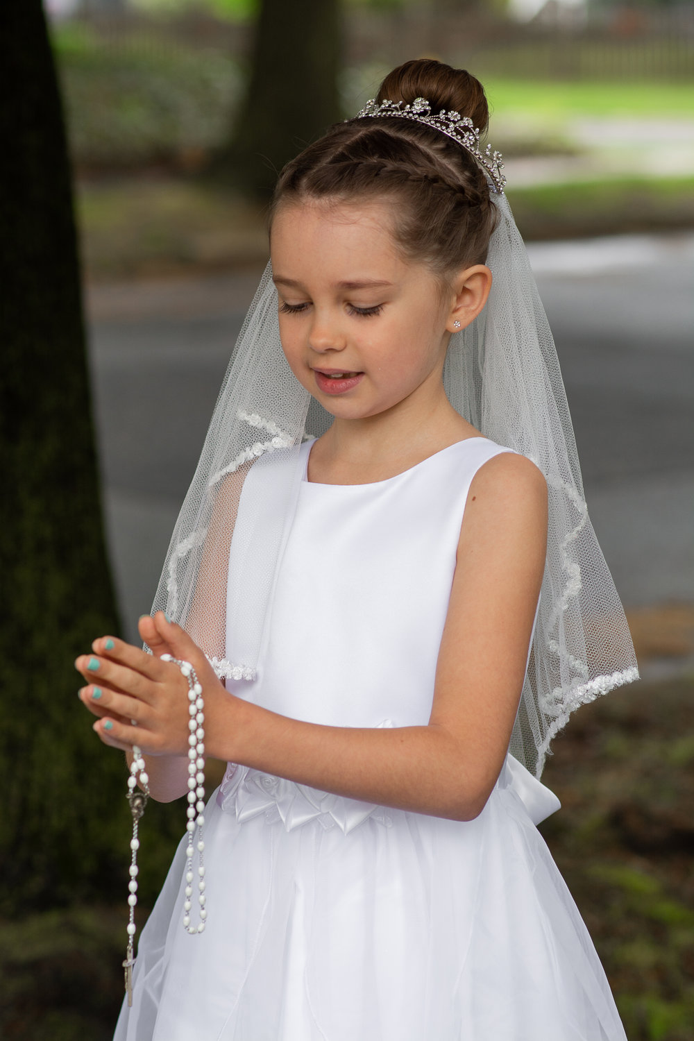 Emelyn Communion  (15 of 24).jpg