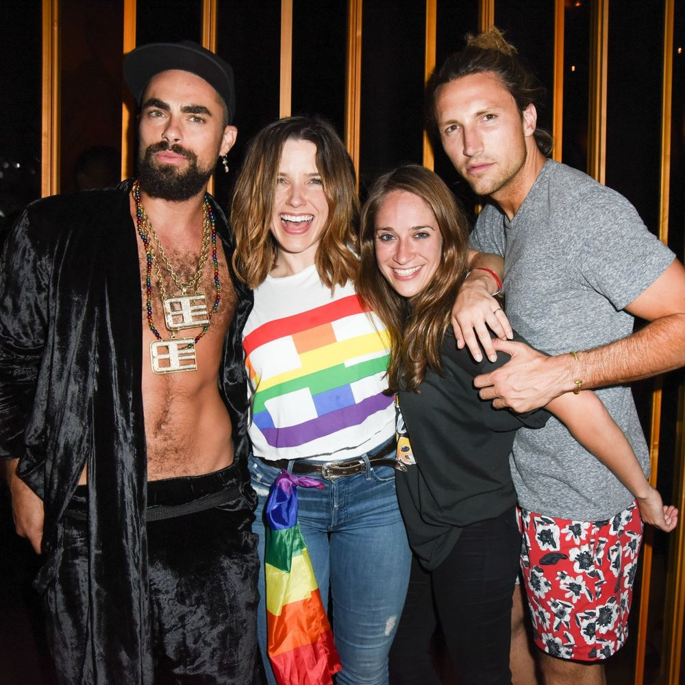 sophia-bush-at-grindr-presents-slumbr-with-artists-dreamscapes-in-new-york-06-26-2016_3.jpg