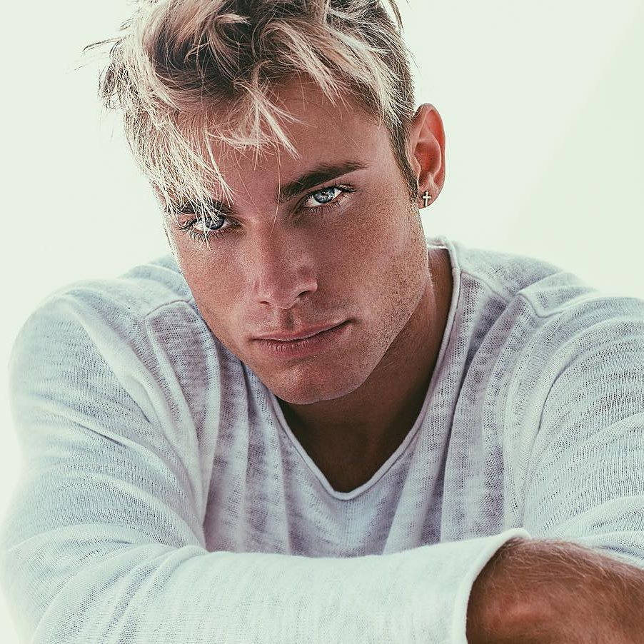 Eric Hagberg - 230 k FANSIN / TWA model and fitness guru who's traveled the world for modeling work and adventures with his group of insta-famous friends.