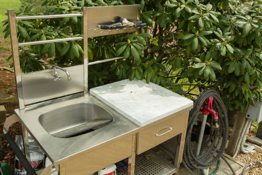 Outdoor Fish Cleaning Station