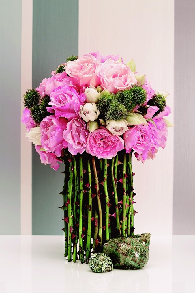 Oscar Mora flower arrangement.