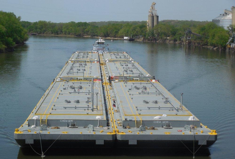 30,000 bbl unit tow tank barges