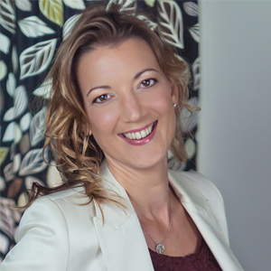 Jacqui Greene - Business and Personal relationship coach.  Specialising in bringing people together through the satisfaction core values and values.
