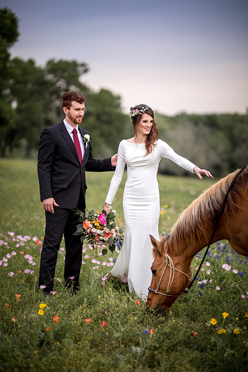 Starhill_Wedding_Horse.jpg