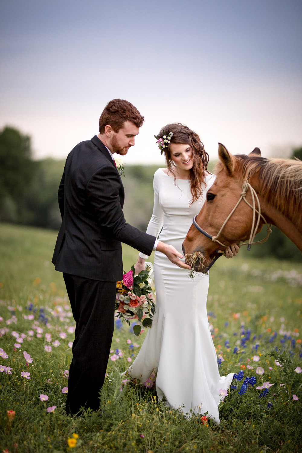 Hay isn't just for horses!  When using hay bales, don't forget to feed the horses like this #StarHillBride.