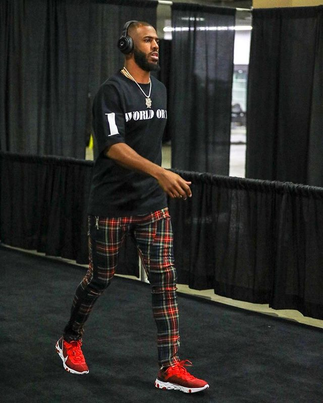 CP3's pregame fit is always 🔥
