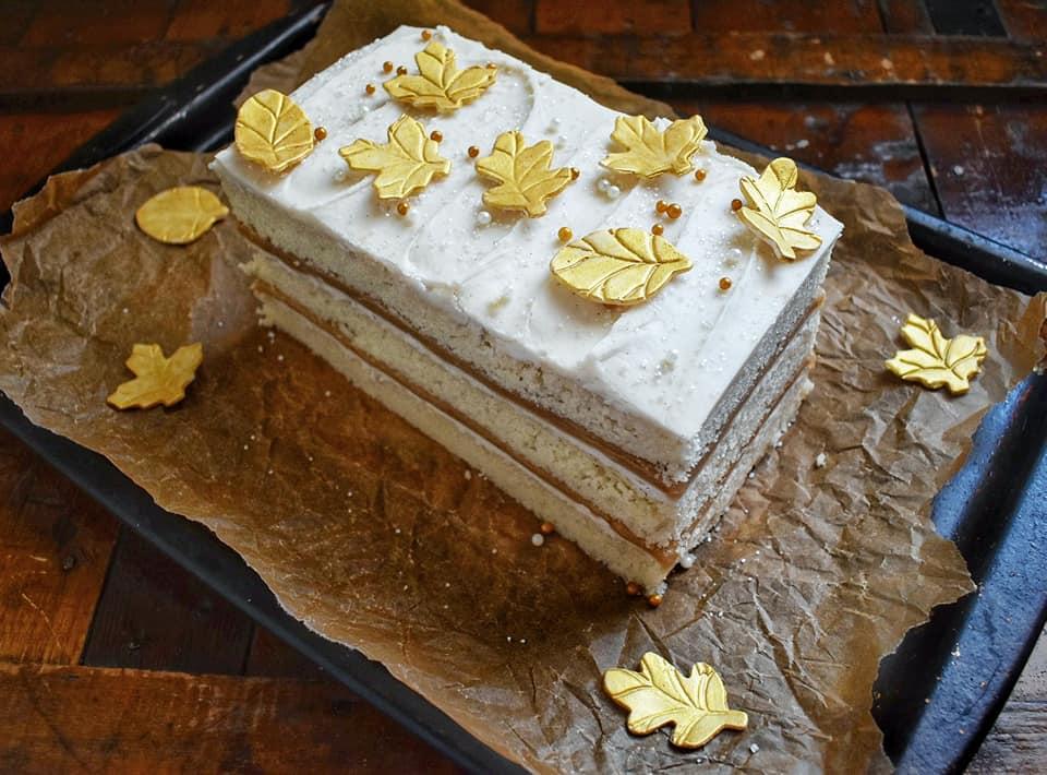 Vanilla Bean Caramel Cake 3