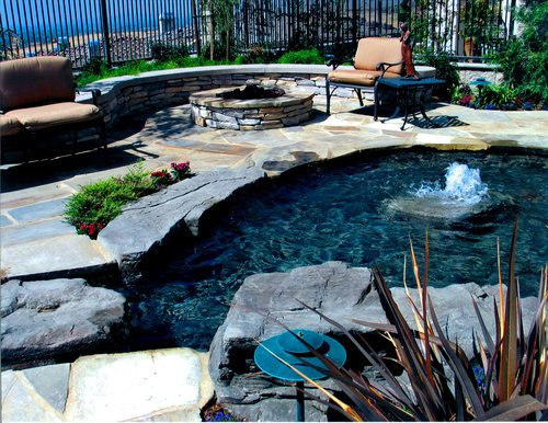 Our Services — Paradise Pools and Designs