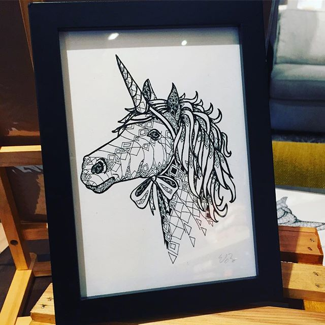 I have a couple baby unicorns with me @westelmedina today. I'm here til 5, drooling over all the Christmas decor in the store 😍😍😍 (also, etsy sale is still going on through tomorrow!) . . . #unicorn #art #print #blackfridaysales #smallbusiness #womanowned #illustration #drawing #blackandwhite #popupshop #minneapolis #minnesota #decor #nursery #kidsdecor