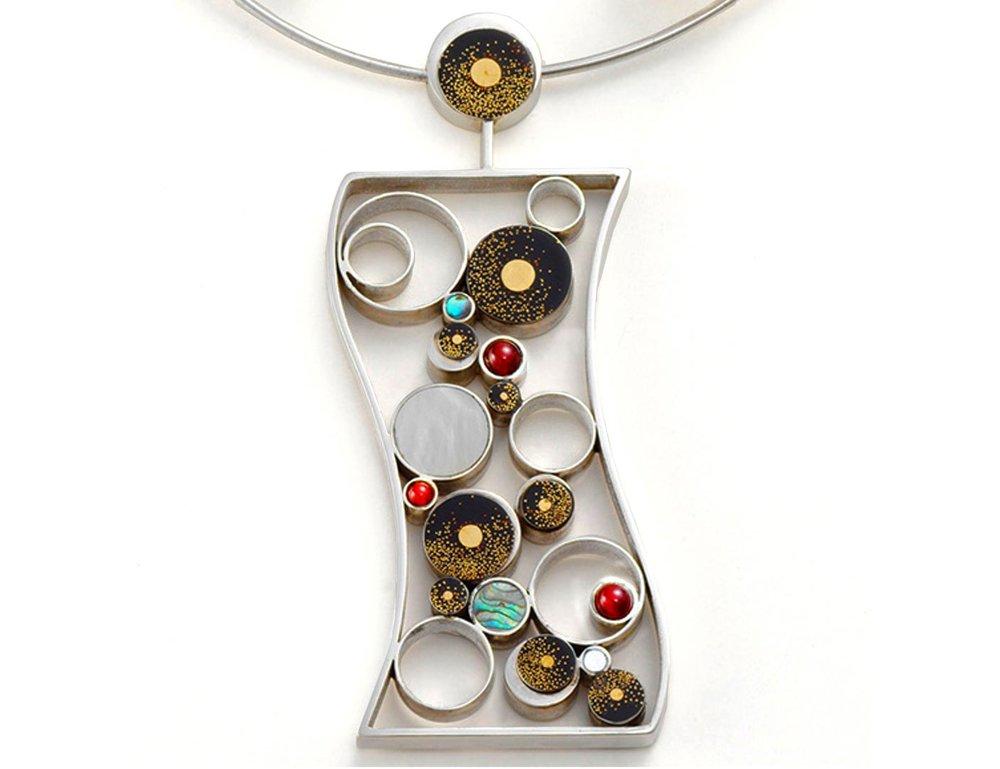 © Mariko Kobayakawa, pendant