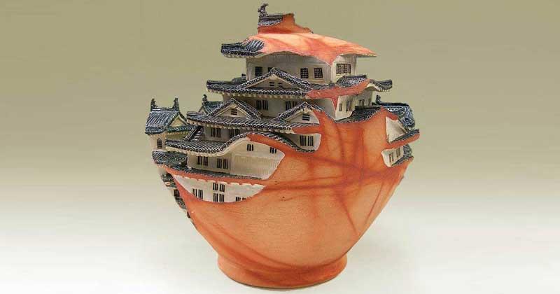 Related:These Phenomenal Japanese Ceramics Change the Way We View Art -