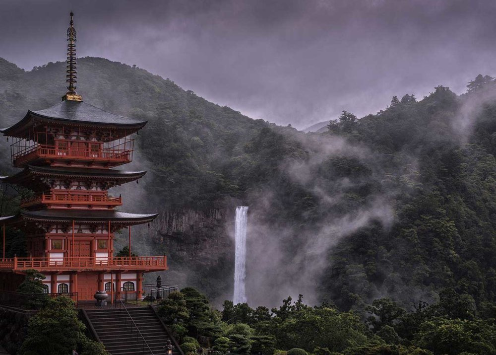 © Hidenobu Suzuki, Kumano Nachi Grand Shrine, 2017