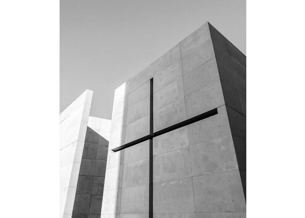 © S. Ken  / Flickr Creative Commons, Church of Light