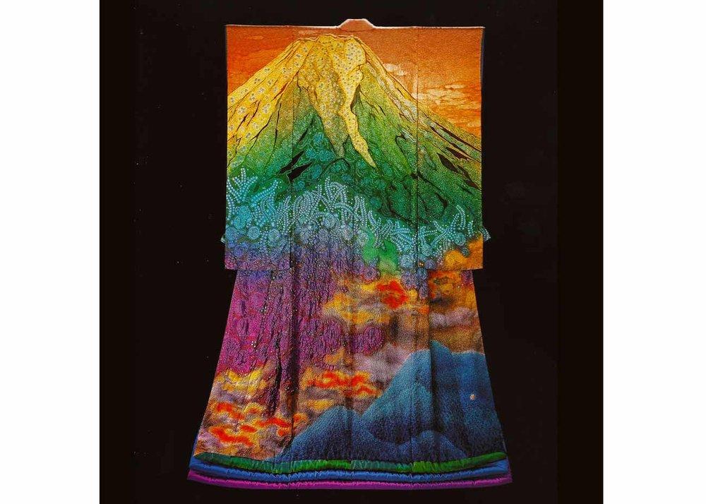 © Kubota Itchiku, Mount Fuji and Burning Clouds Kimono
