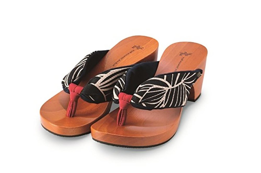 Japanese Style Sandals by Mizutori