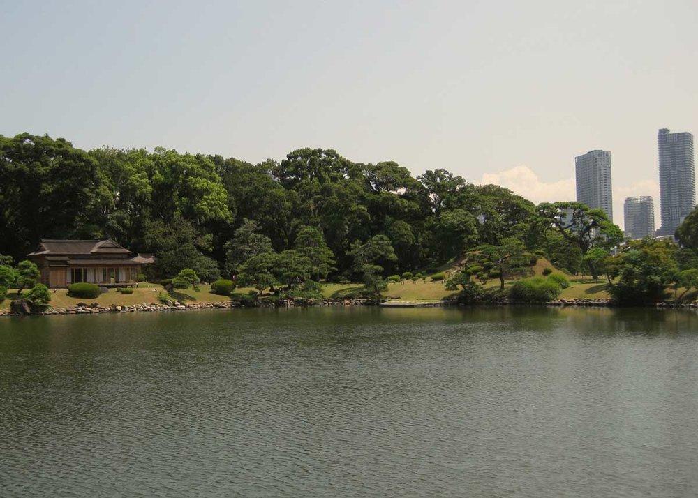 © Anika Ogusu, Real Japanese Gardens, Kayushiki Teien Strolling Garden
