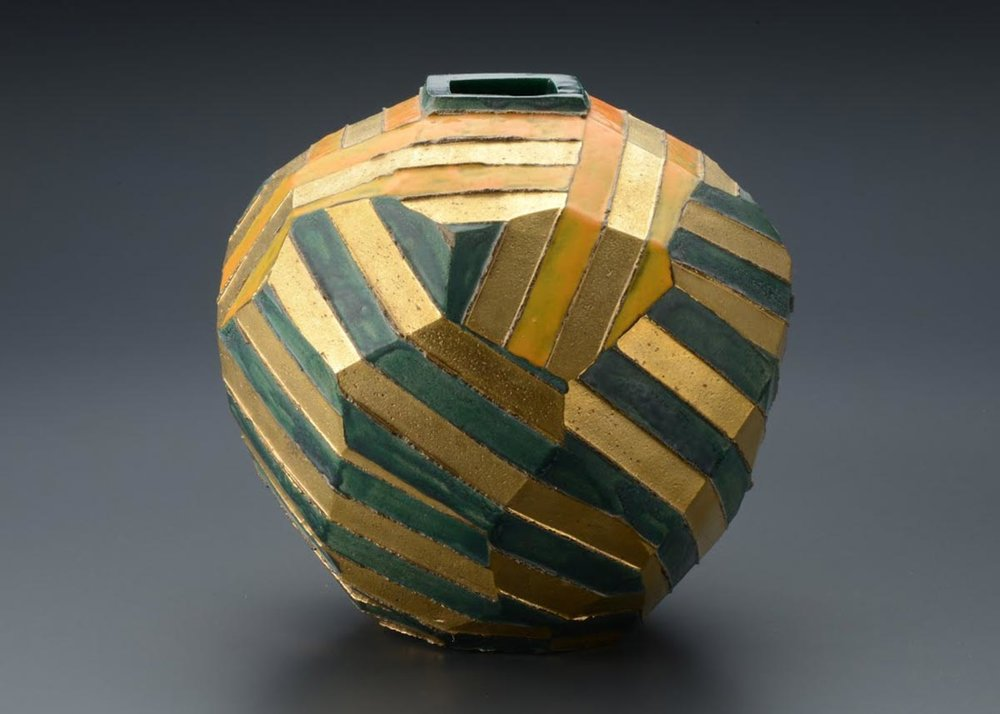 © Seto Hiroshi, Orange Green and Gold Vase,  Mashiko Museum of Ceramic Art