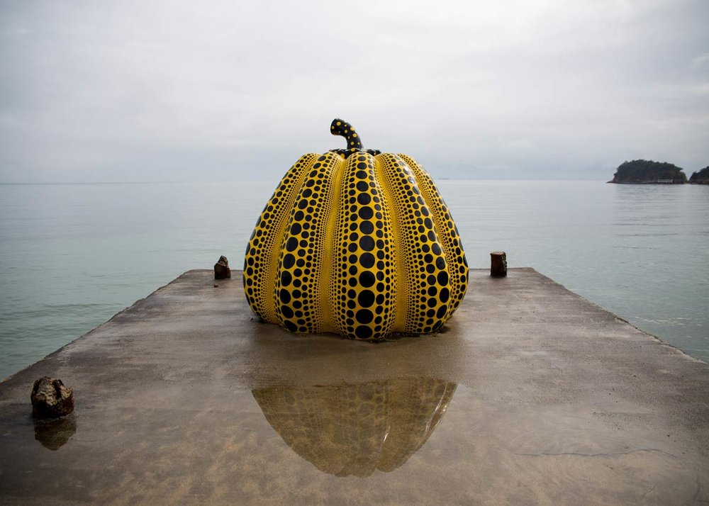 ©  Daniel Pouliot  /  Creative Commons , Kusama Pumpkin at Naoshima