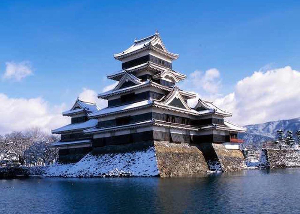 ©  Hakuba.com , Matsumoto Castle