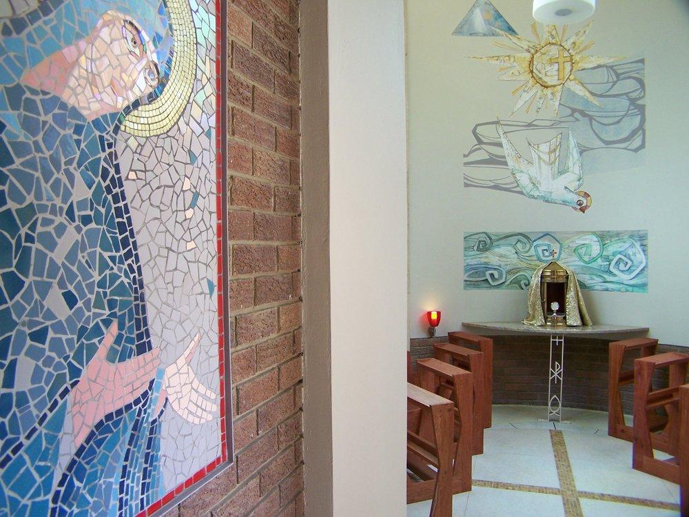 07_Adoration Chapel.JPG