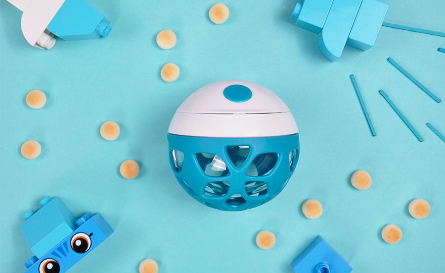 Mero-ELLE-snack ball-teal-900x553.JPG