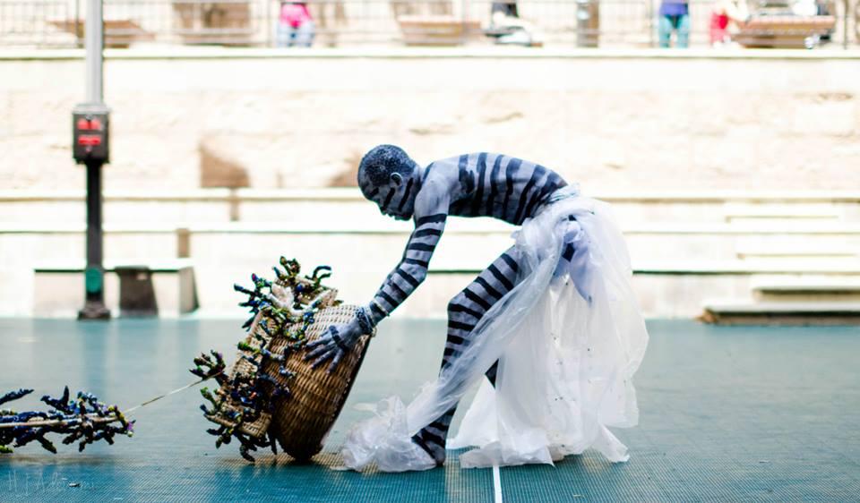 The performance Nelson Mandela: A Second Burial. photo c/o Taruwa Magazine