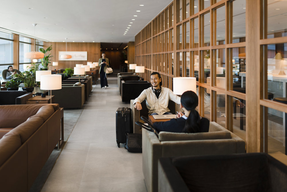Cathay Pacific Lounge Hong Kong Review.jpg