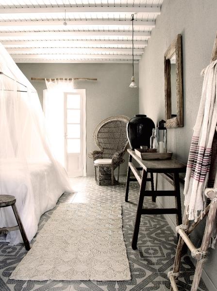PDP-MBO-tab-san-giorgio-mykonos-bedroom-interior-design-x2-07.jpg