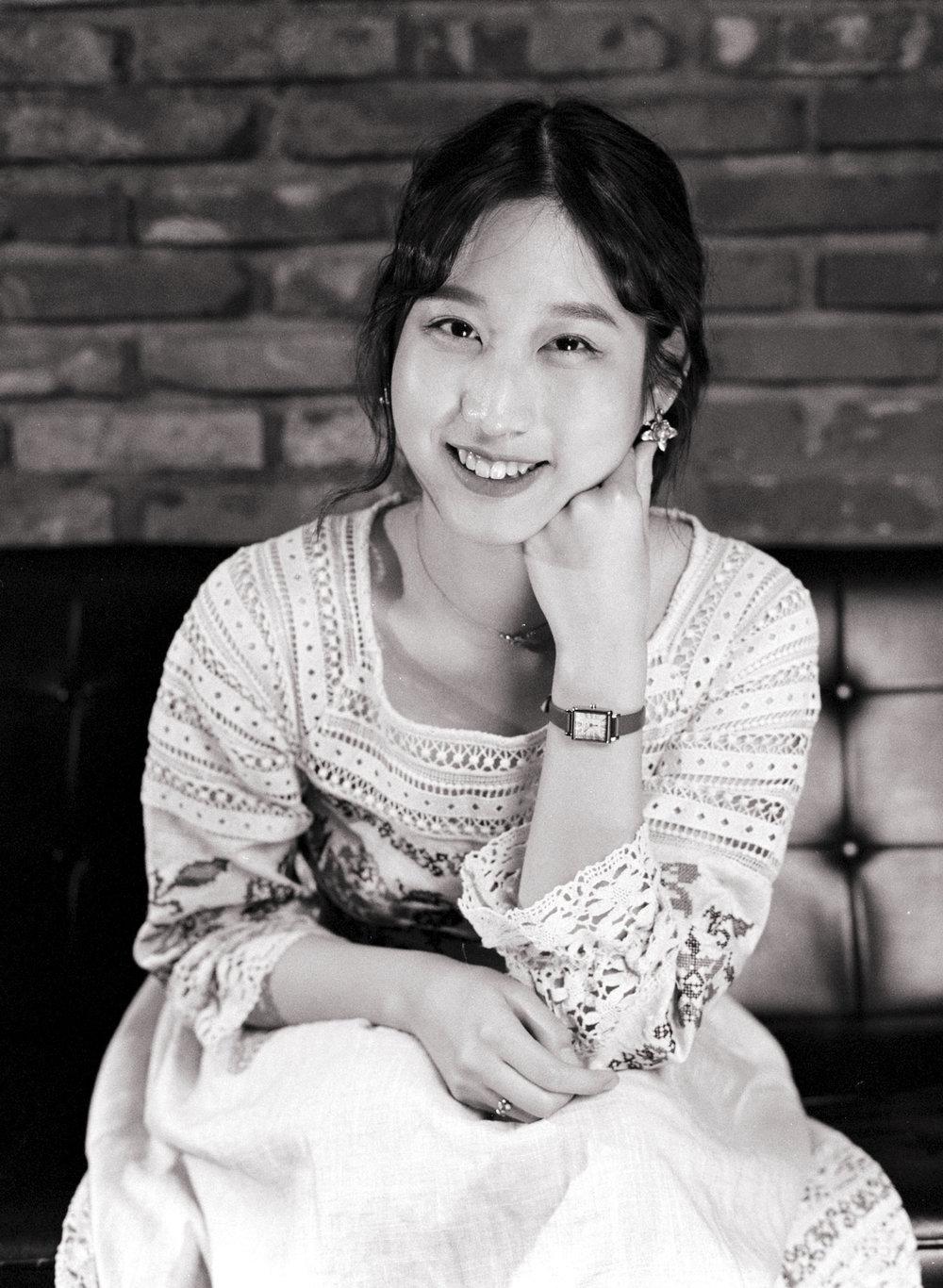 """정의 / Jung- Eui  """"즐거울 수 있을때 즐겁게 살자 ~""""  """"When you can be happy, be happy."""""""